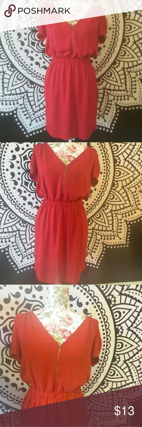 Zara Red Dress (flawed) Like new condition with 1 flaw!!!! A tiny hole near the front zipper (shown in the last photo). Measurements on request! Open to offers. Zara Dresses Mini