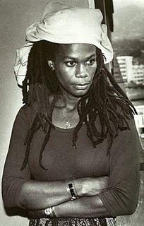 *Judy Mowatt* More fantastic pictures and videos of *Bob Marley & The I-Threes* on: https://de.pinterest.com/ReggaeHeart/