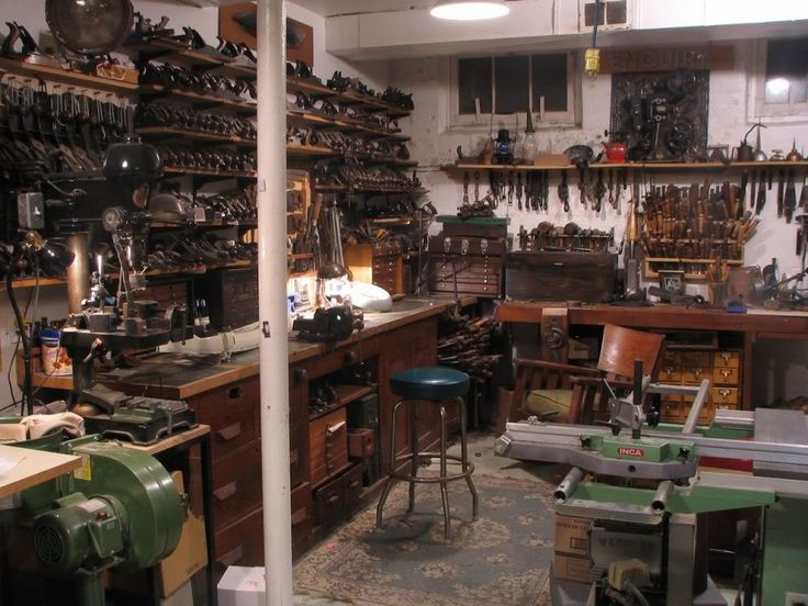 Simple Lote Wood Woodworking Shop Vancouver