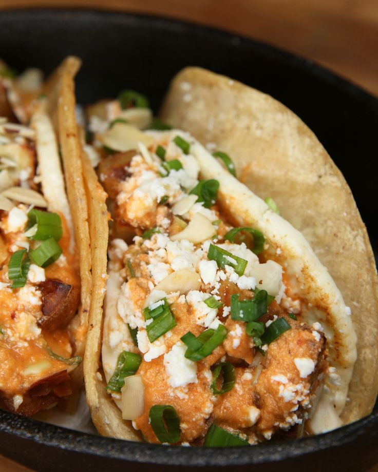 Here's How To Make Tacos Without Meat That Have Incredible Flavor