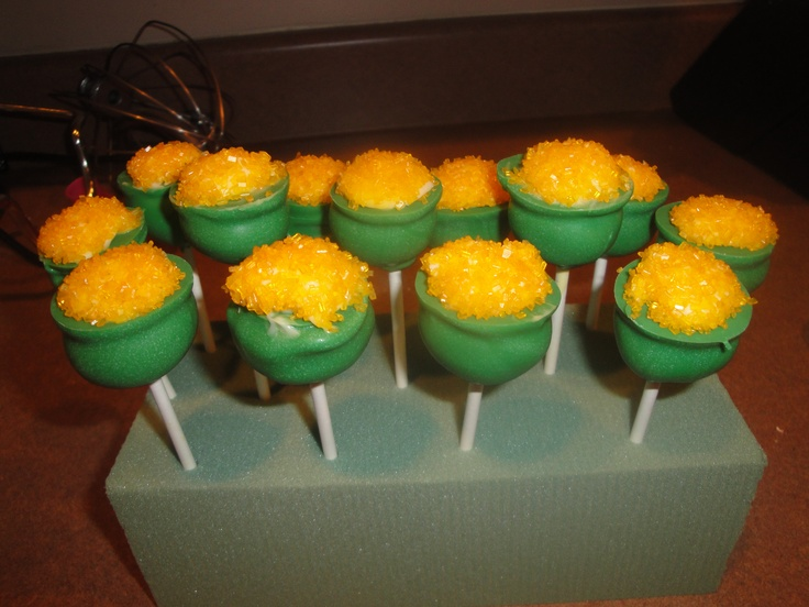 St. Patrick's Day Pot-o-Gold pops w/ rainbow centers (see next picture)