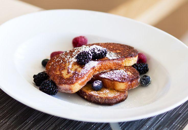 Per domani mattina volete una colazione sostanziosa? French toast con frutti di bosco allora!