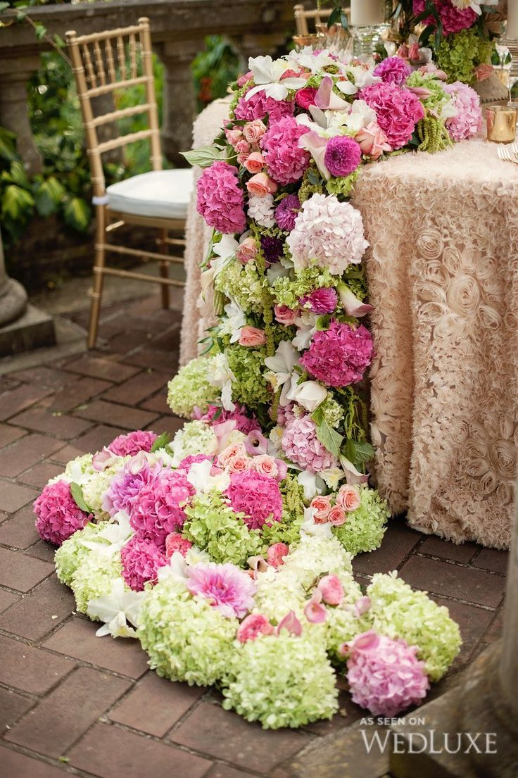 The Secret Garden   We're in total awe of the floral displays created by The Flower Factory  Photography by: Vasia Weddings