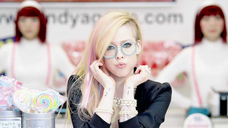 avril lavigne hello kitty video   Avril Lavigne Hello Kitty 2014 Song Images 540x303 Avril Lavigne Hello ...