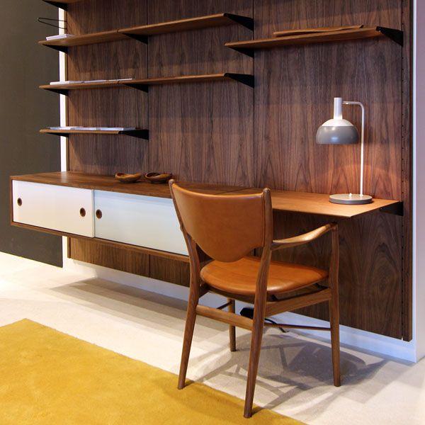 Sistema de pared para estanterías, mesas, cajoneras, contenedores de Finn Juhl.
