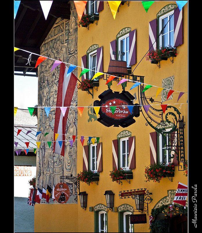 Verborgene Schätze der historischen Stadt. #radstadt #stadtmarketing #stegerbräu #radstadtverzaubert #historisch #blickfang