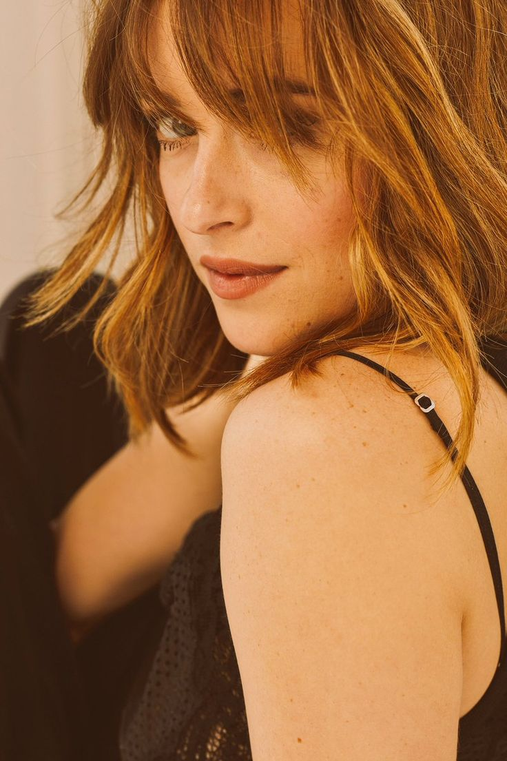 Dakota is Number ONE at the Top Celebrity 25 for 2016 on @JustJared! So proud! Cannot wait for more. #DakotaJohnson