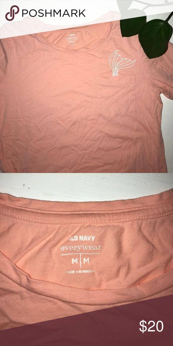 Mermaid Tail Pocket T Shirt, M Peach, Medium. Old Navy t shirt, scoop neck Old Navy Tops Tees - Short Sleeve