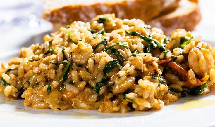 Ριζότο με σπανάκι, μπέικον και γραβιέρα