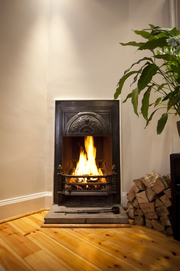 Micro fireplace in a lower level flat on Dundas Street #Edinburgh #Realfire