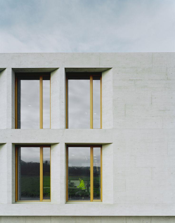Wittfoht Architekten, Sozial- und Verwaltungsgebäude, Besigheim, Karl Köhler GmbH, Beton, Brigida González