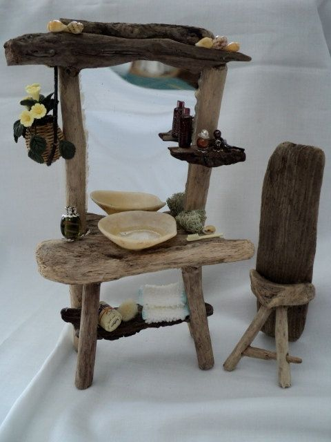 Dolls House Miniatures - Driftwood Vanity and Highback Seat