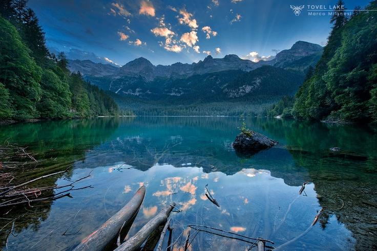 What a #landscape! #Tovel #Lake.