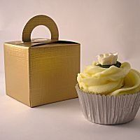 Little Cupcake Boxes Company Gold Cupcake boxes with handles pack of 10 Amazon. Cake Pop ... & Best 25+ Cupcake boxes wholesale ideas on Pinterest | Cupcake ... Aboutintivar.Com