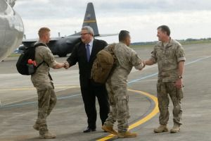 Defence Force personnel deployed to Iraq return to New Zealand.