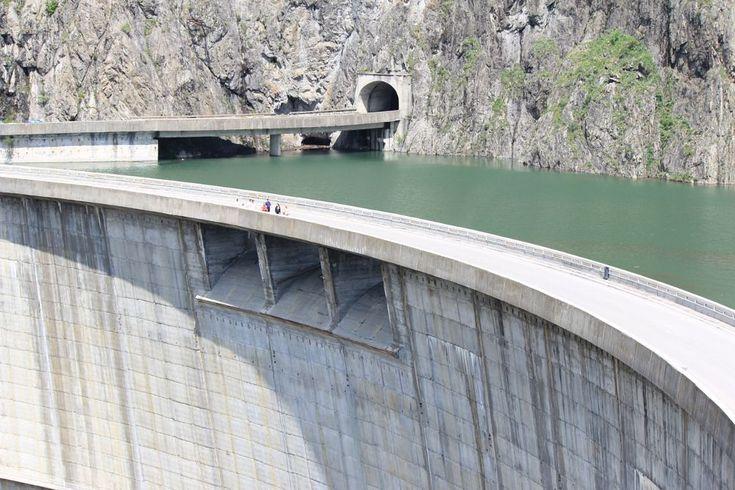 the dam Vidraru by mircea.fotograf.az