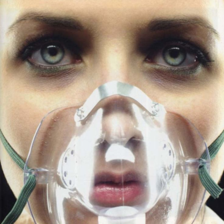 Underoath -They're Only Chasing Safety