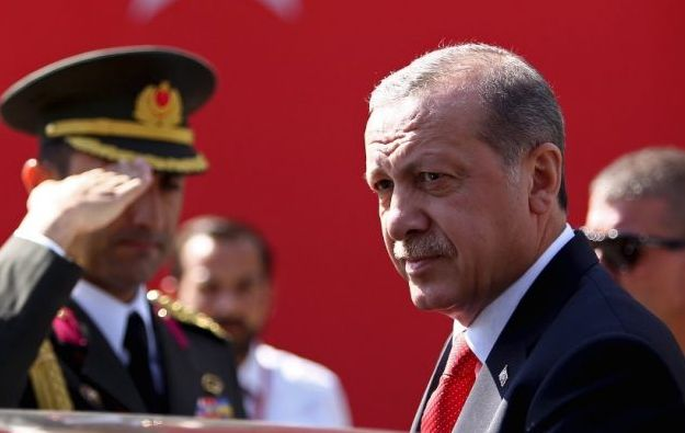 Αυστηρό μήνυμα ΗΠΑ προς Τουρκία: Αν πάρετε τους S-400 ξεχάστε τα F-35!