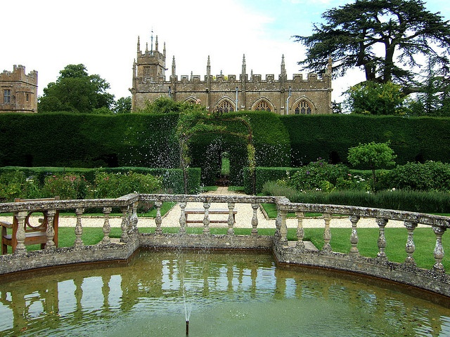 Sudeley Castle - steeped in royal history, it was once home to Queen Katherine Parr, the last and surviving wife of King Henry VIII.