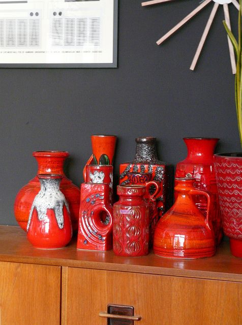 love the look of a collection of vases in the same color