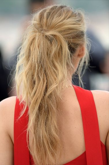 The Most Major Hair and Makeup Moments at Cannes 2016 | People - Blake Lively's beachy long ponytail