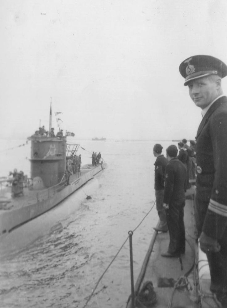 german submarine warfare Read german submarine warfare in world war i the onset of total war at sea by lawrence sondhaus with rakuten kobo this compelling book explores germany's campaign of unrestricted submarine warfare in world war i, which marked the onse.