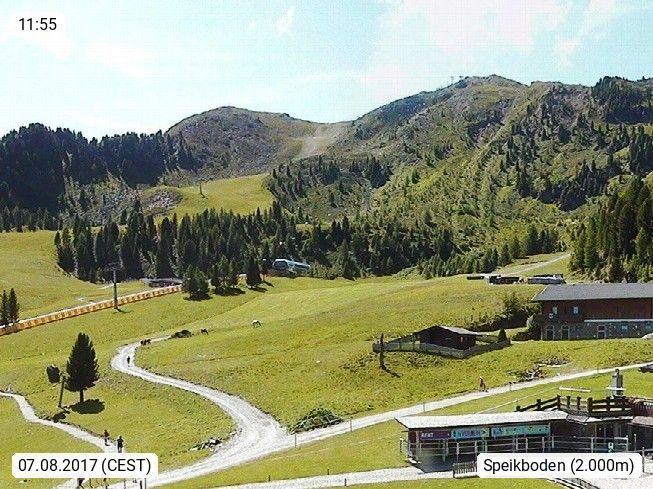 Webcam des Tages I-39032 Sand in Taufers (Campo Tures) 951m. Willkommen im tierischen Ski und Wandergebiet Speikboden.