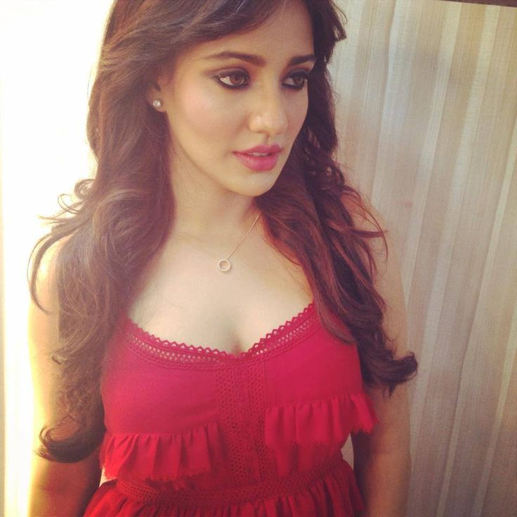 9 Hot Photos Of Neha Sharma That You Simply Cannot Miss