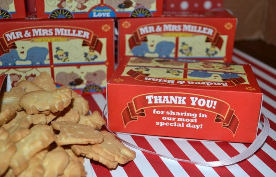 30 Personalized Animal Cracker Boxes for Wedding by 6elmdesigns