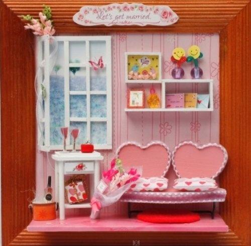 """Miniaturen Set Geschenk für Verliebte und Verlobte: 3-D Holz-Wandbild DEKO-Kreativset (Bastelset) """"Let's get married - lass uns heiraten"""" mit Herz-Sofa, Sideboards, Gardine, Liebesbriefe uvm von Hongda, http://www.amazon.de/gp/product/B008ZFM8XE/ref=cm_sw_r_pi_alp_.8w3qb0AYC0HG"""
