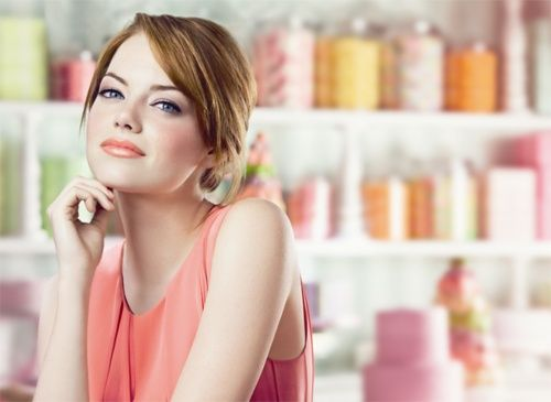 Emma Stone, Emma Stone, Emma Stone beautiful-peopleRevlon, Makeup, Beautiful, Lip Butter, Lips Butter, Celebrities, People, Actresses, Emma Stones