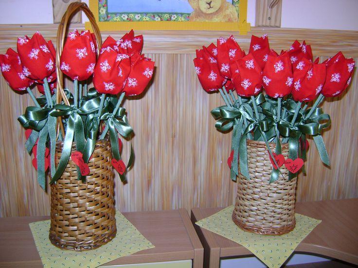 Anyák napi ajándék tulipánok