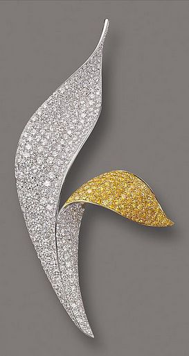 DIAMOND BROOCH by DAVID MORRIS