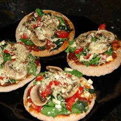 Amazing pita recipe - what a nice change for a regular dinner! Click for recipe!
