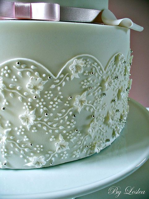 Delicate Piping