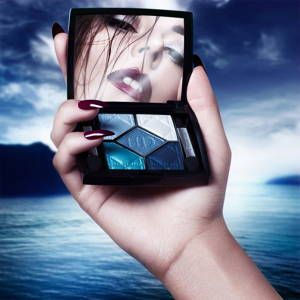 Hannah Diamond – Fade Away (2016)