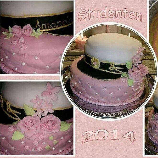 Dotterns studenttårta med en laktosfri studentmössa.