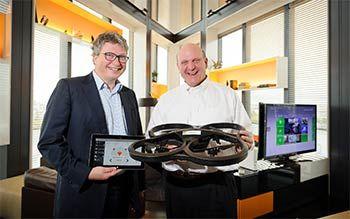 Parrot et Microsoft collaborent autour des objets connectés - Henri Seydoux, fondateur et président-directeur général de Parrot, a rencontré Steve Ballmer, PDG de Microsoft, lors de sa récente visite à Paris. Les deux hommes ont échangé sur l'avenir des objets
