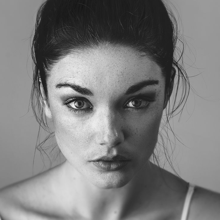 fashion portraiture photography by mike atkins   Beauty lighting   black and white   close up