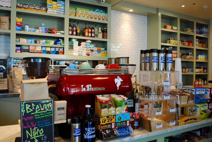 Lattes and more at Royal Blue Grocery :: Eating Austin :: #dianderthal #royalbluegrocery #austin dianderthal.com