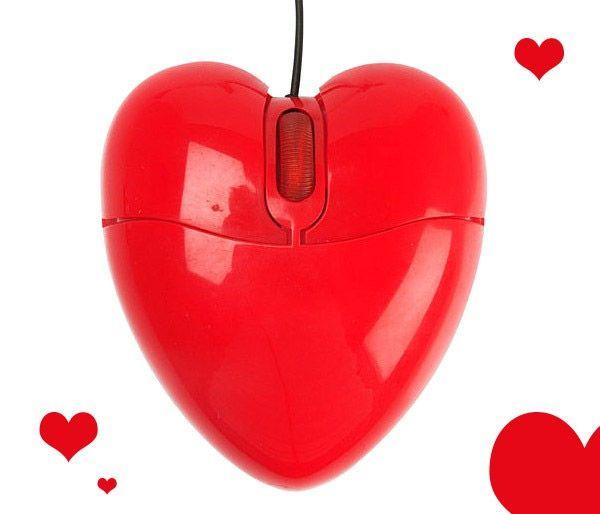 Ratón de San Valentín con forma de corazón.