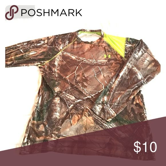 A dri fit, camouflage, long sleeve under armour A very comfortable under armor product that is great for hunting or for anyone who loves to sport UA camo gear! Under Armour Shirts Tees - Long Sleeve