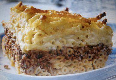 Pastizio (Griechischer Nudelauflauf)