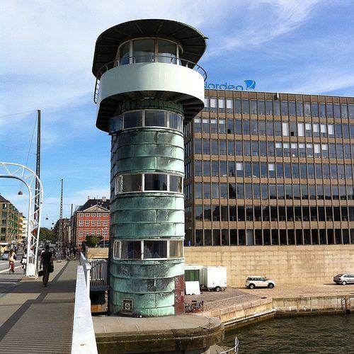 Knippelsbro, København   Leaning tower of pisa ...
