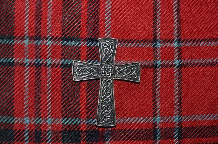 Silver Celtic Cross Kilt Pin