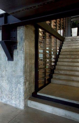 Uenergy Health Club / GAJ Architects | ArchDaily