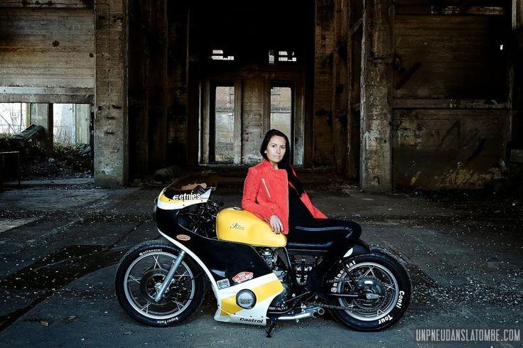 75 best images about suzuki gs 1000 750 on pinterest bikes road racing and harley davidson. Black Bedroom Furniture Sets. Home Design Ideas