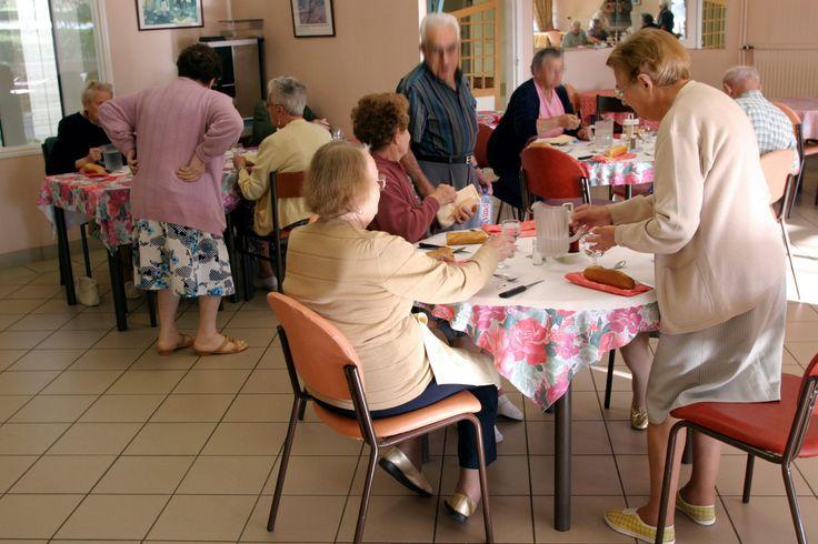Kristne plejehjem melder fuldt hus, og Danske Diakonhjem åbner hele tiden nye hjem. Folk er blevet mere værditænkende, er Ældre Sagens forklaring