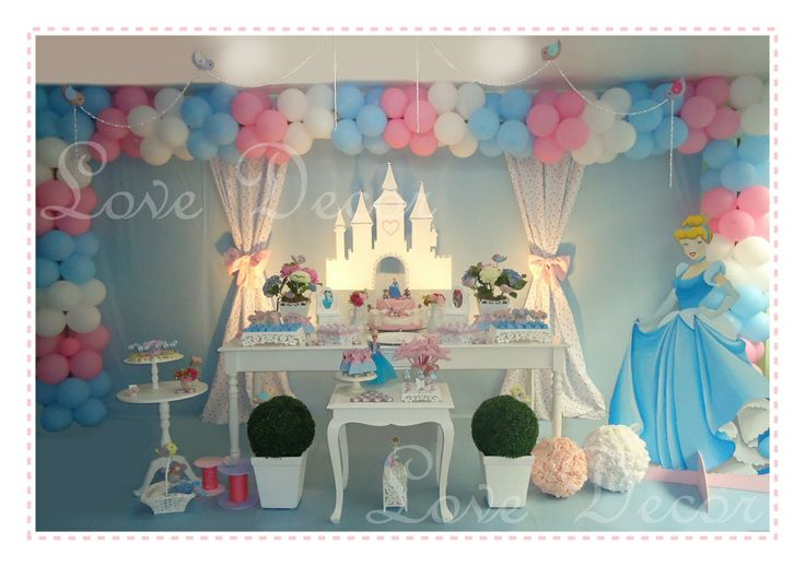 LOVE DECOR: CINDERELA - a festa!!!!: Cinderella Balloons, Festa Cinderela Ideas, Cinderella Decorations, Cinderella Decoration Ideas, Cinderella Birthday Theme, Cinderella Birthday Parties, Birthday Ideas