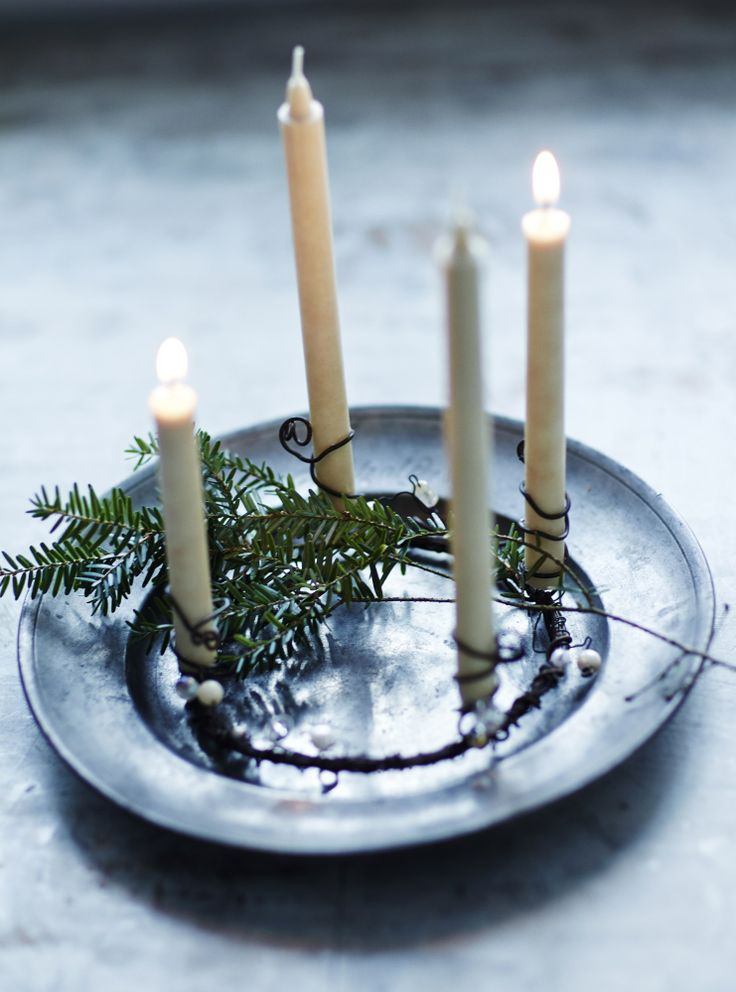 simple candle christmas decoration